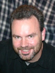 Tom Bickle comedy head shot